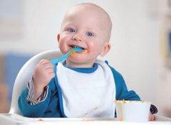 喂宝宝辅食一定不能这样喂容易生病