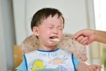 宝宝不吃饭在这7种原因里找